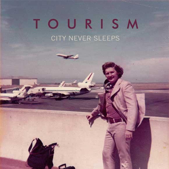 tourism-city-never-sleeps